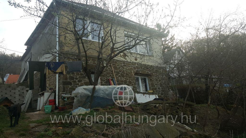 Pécs Gyükésben családi ház eladó