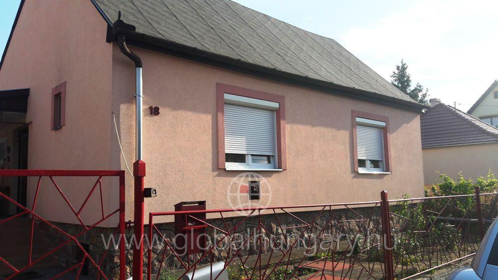 Kovácstelep, Liliom u.ban 80m2es szigetelt ház eladó