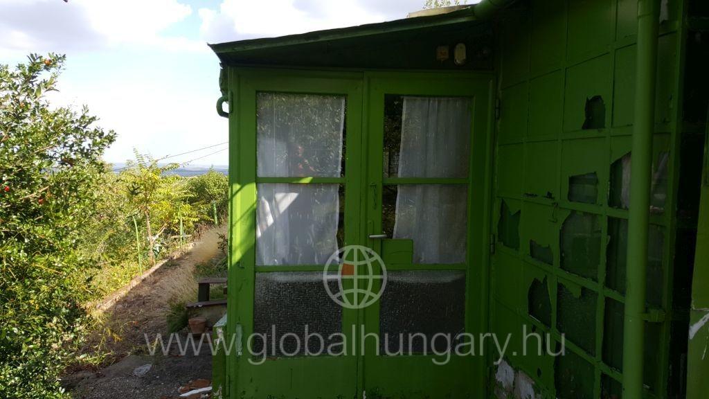 Pécs Mecsek oldalon ház eladó