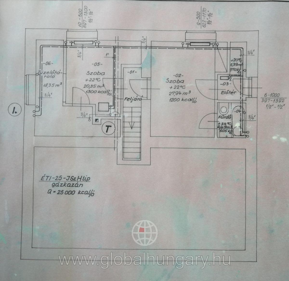 Eladó 100 nm-es felújítandó családi ház, Budapest II. ker.
