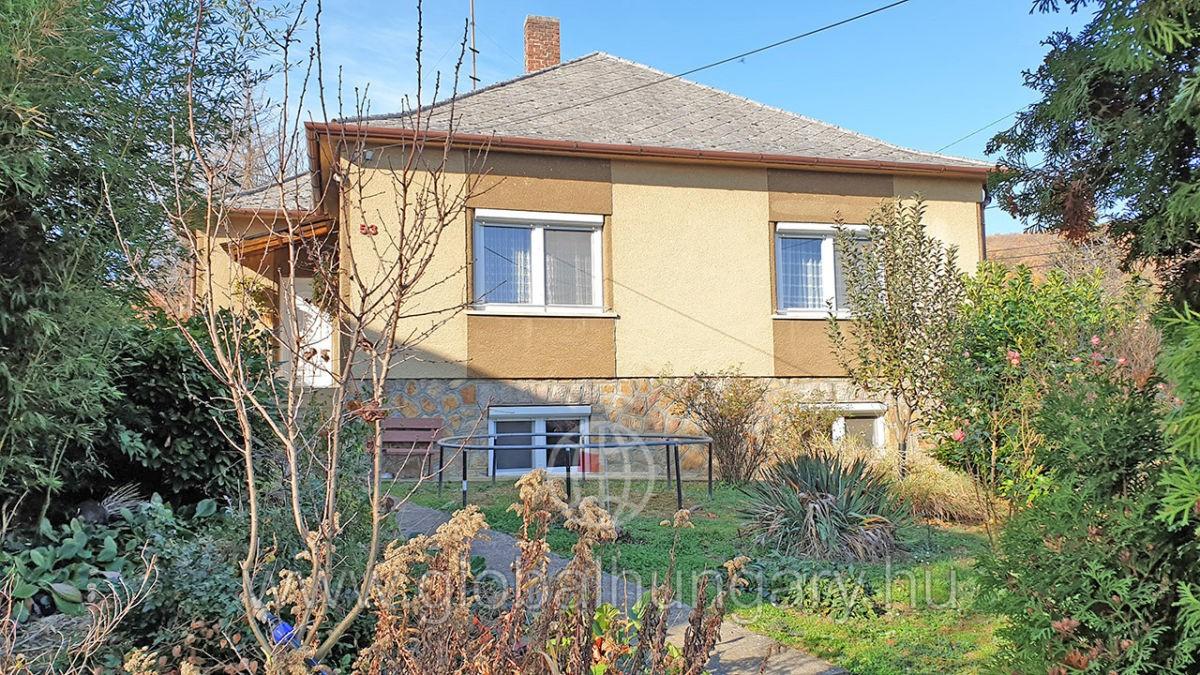 Pécs, Búzakalász u, 4sz. felújított 120m2-es ház