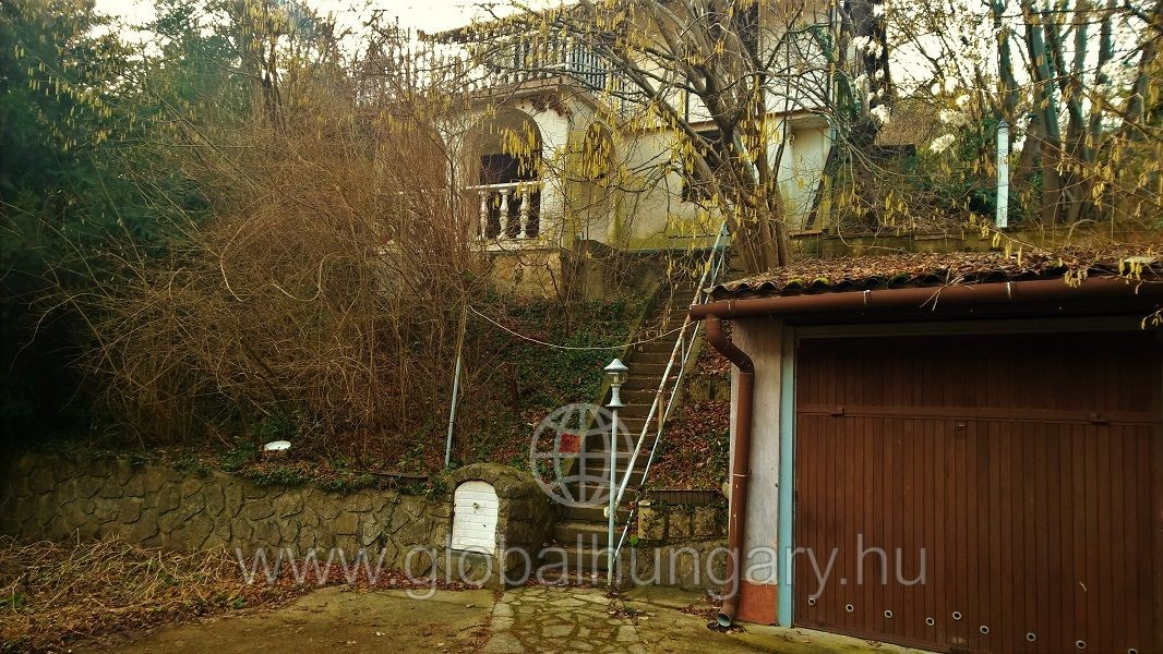 Abaligeti úton szaunás 3 szobás lakható ház eladó