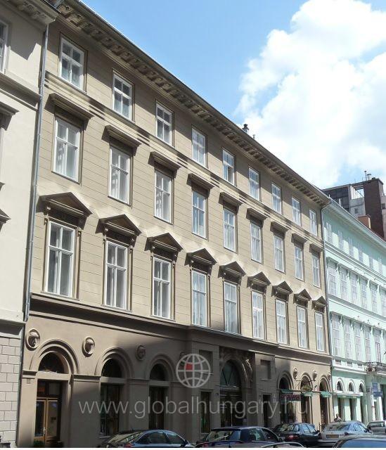Apáczai Csere János utcában 162 nm-es nagypolgári lakás