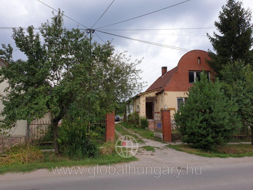 Pellérden 120 m2-es ház eladó