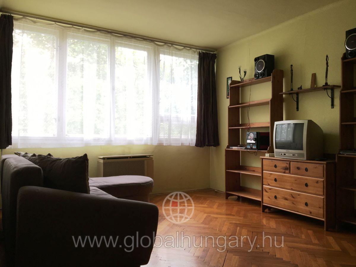 Napfényes 2 szobás lakás szuper elosztással