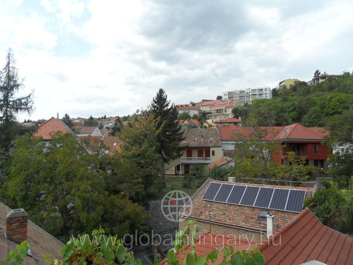 Pécs Tettyén 80 nm-es családi ház eladó