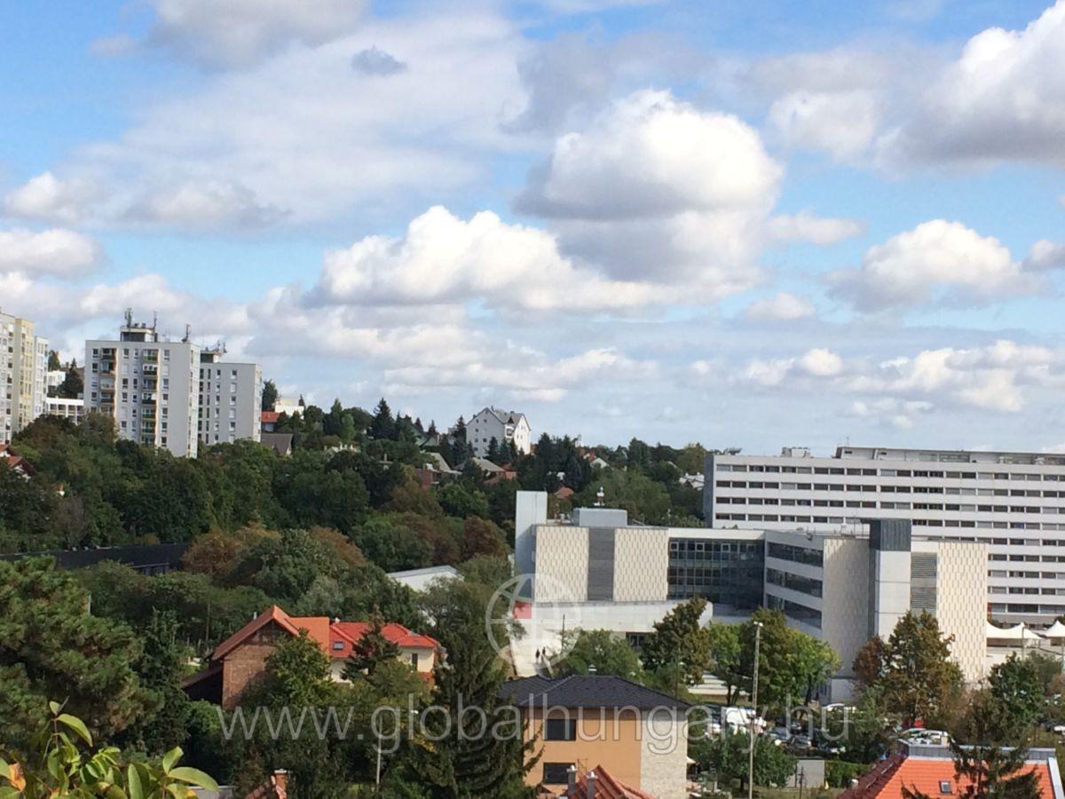Pécs 4,5 szobás családi ház