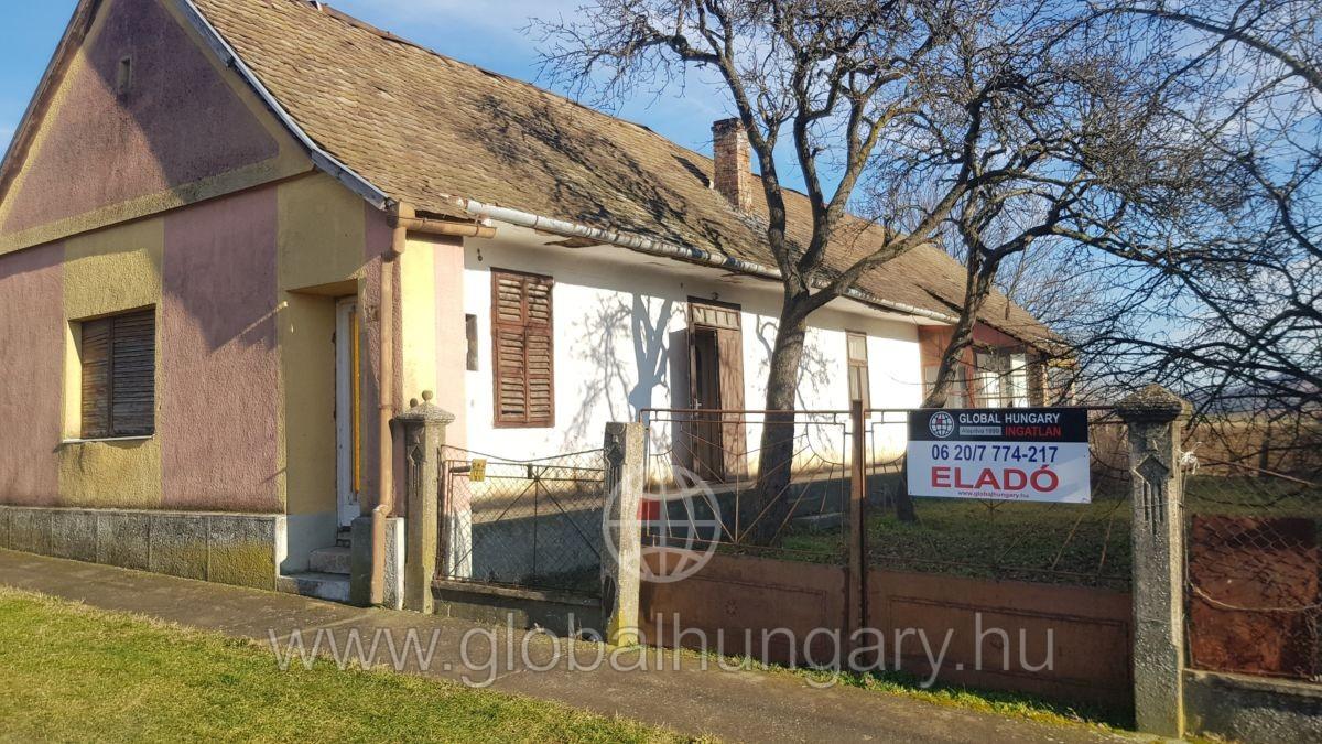 FALUSI CSOK! Vokányban családi ház szép területtel eladó