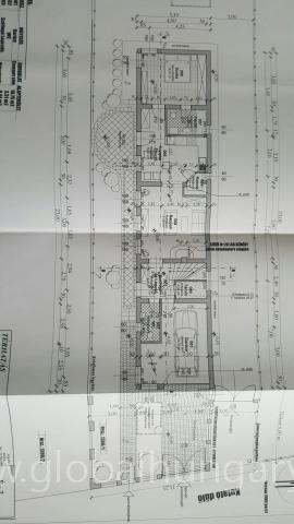 Pécsett építési telek tervekkel eladó.